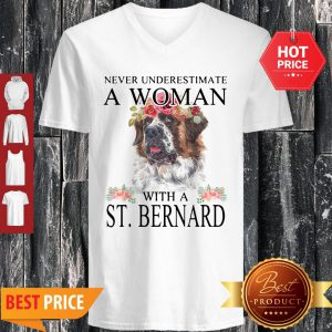 Official Womens St. Bernard Gifts Funny Mom Mama Mother Grandma Dog V-neck