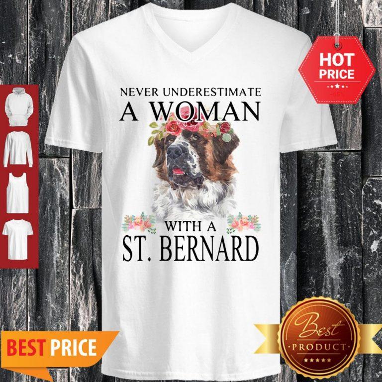 Official Womens St. Bernard Gifts Funny Mom Mama Mother Grandma Dog V-neck