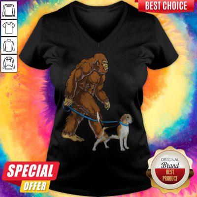 Awesome Bigfoot Walking With Beagle-Harrier V-neck