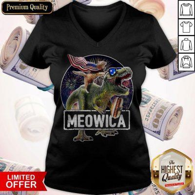 Funny Meowica Cat T-Rex Dinosaur 4th Of July V-neck