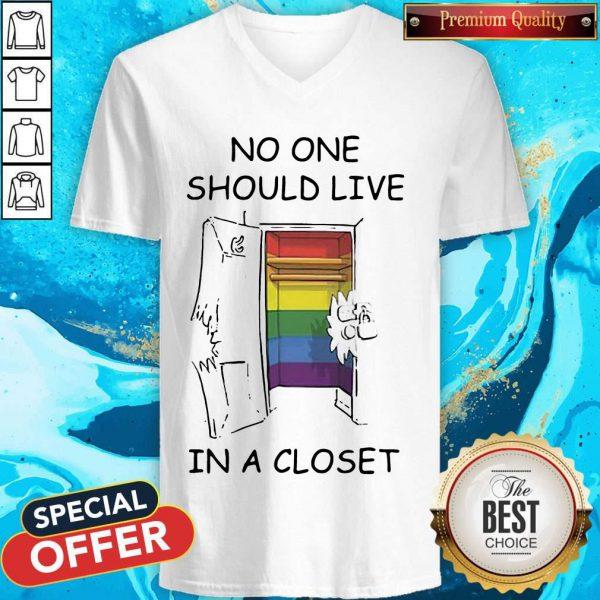 Funny Lgbt No One Should Live In A Closet V-neck
