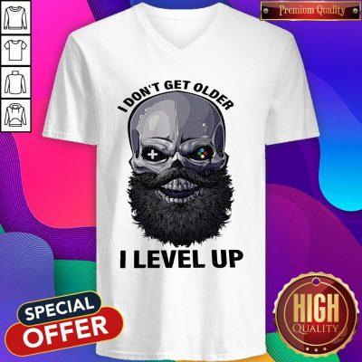 Premium Skull I Don't Get Older I Level Up V-neck