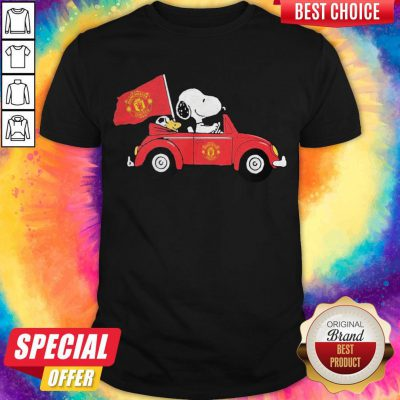 Pretty Snoopy Drive Manchester United Shirt