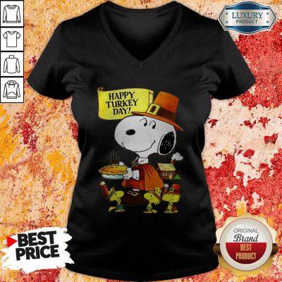 Top Snoopy And Woodstocks Happy Turkey Day V-neck