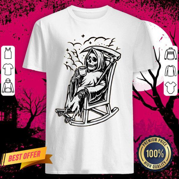 Skeleton Loves Drinking Coffee Halloween Day Shirt