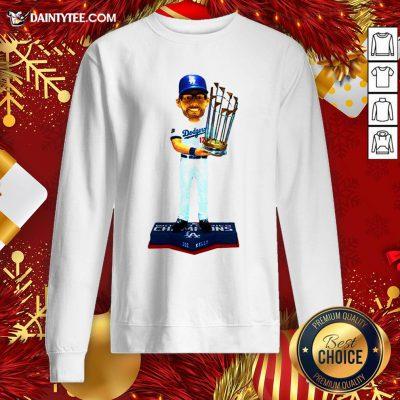 Awesome 17 Joe Kelly Los Angeles Dodgers 2020 World Series Champions Sweatshirt- Design By Daintytee.com