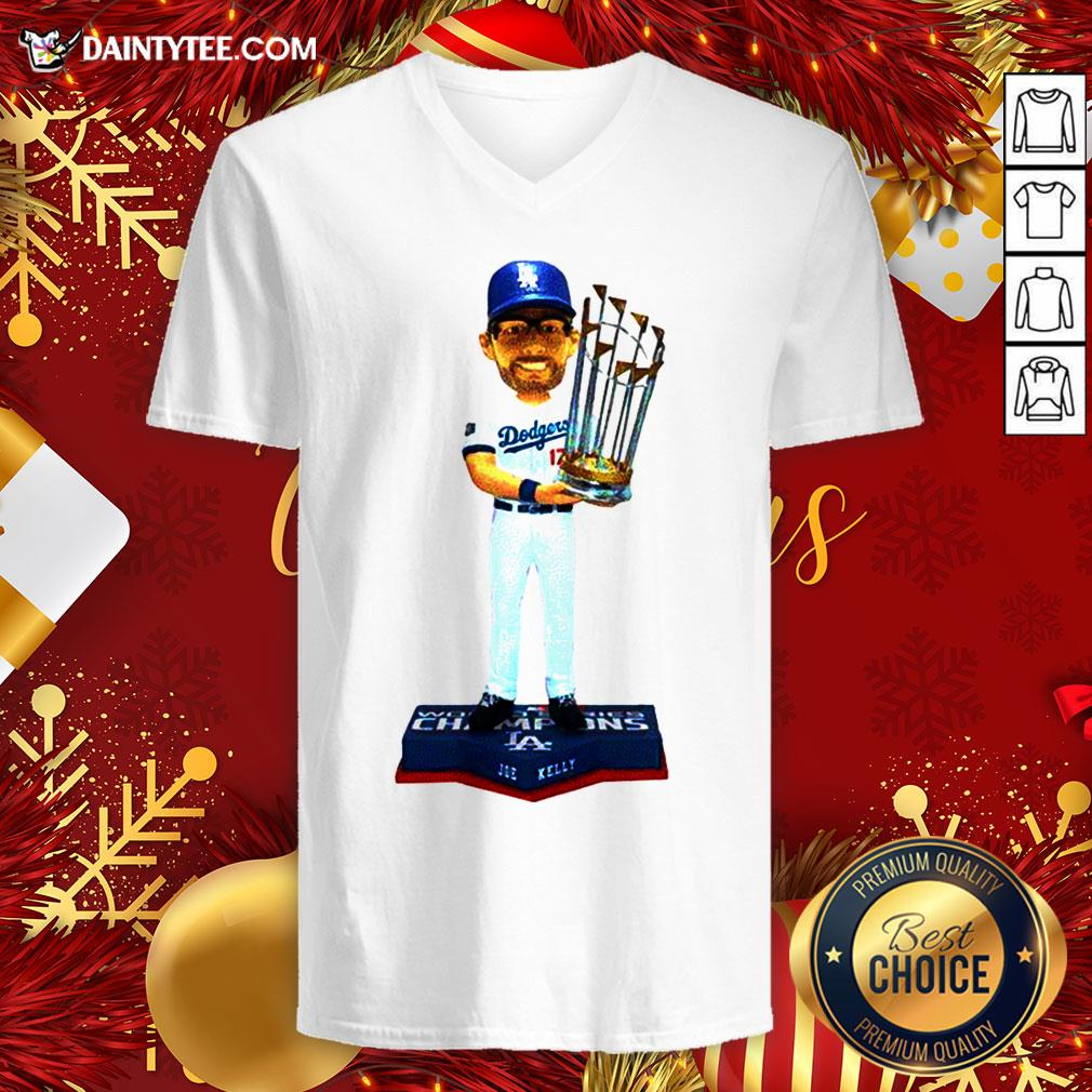 Awesome 17 Joe Kelly Los Angeles Dodgers 2020 World Series Champions V Neck- Design By Daintytee.com