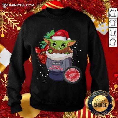Good Detroit Red Wings Christmas Baby Yoda Star Wars Funny Happy NHL Sweatshirt- Design By Daintytee.com