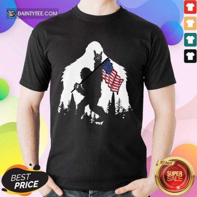 Good Bigfoot Hold American Flag Wonderful Shirt